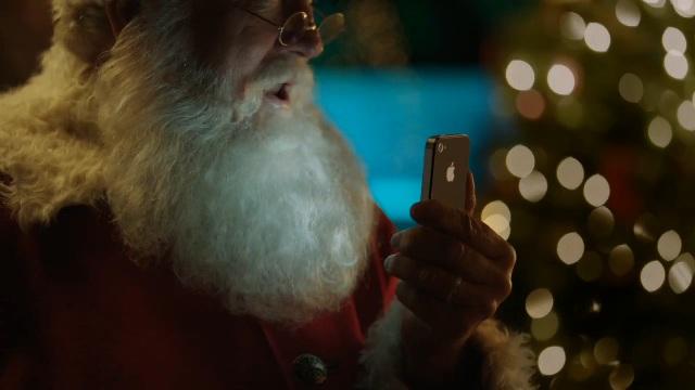 Santa is a Fan of Siri