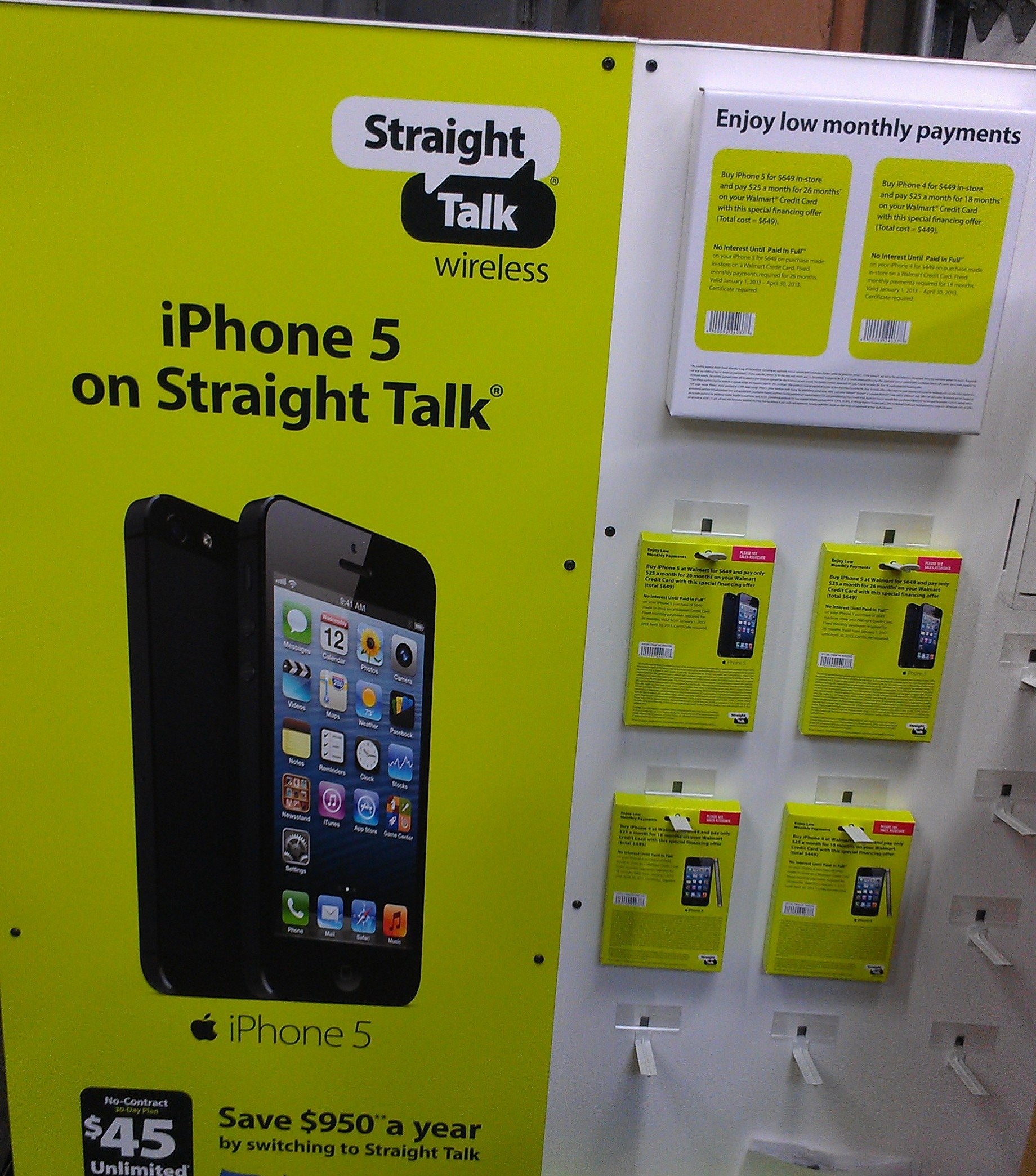 Straight Talk to Carry the iPhone 4 & iPhone 5 UPDATED